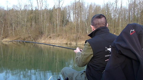 Erste Feeder Session am Vereinsgewässer 1 Moment2